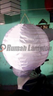 Lampion Bulat 30 cm